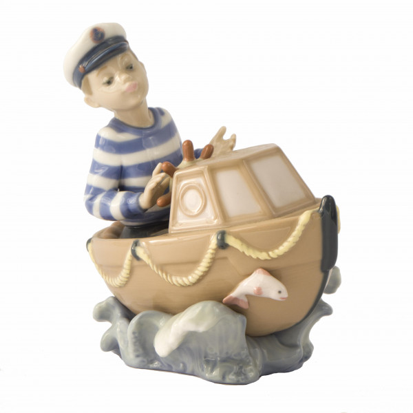 Figurka chłopiec w motorówce Lladro