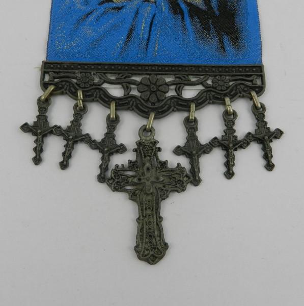 Makatka z wizerunkiem Matki Boskiej krzyże