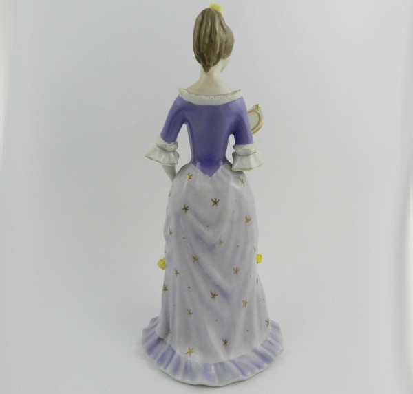 Figurka Hollohaza dama z lusterkiem back
