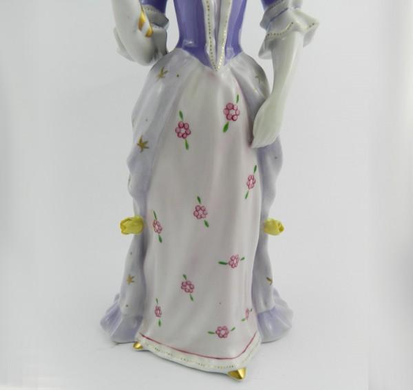Figurka Hollohaza dama z lusterkiem down