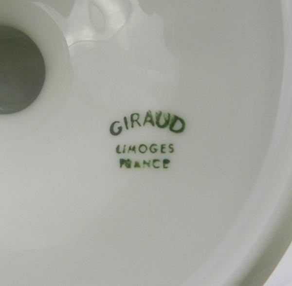 Dzban na stopie Limoges Giraud mark