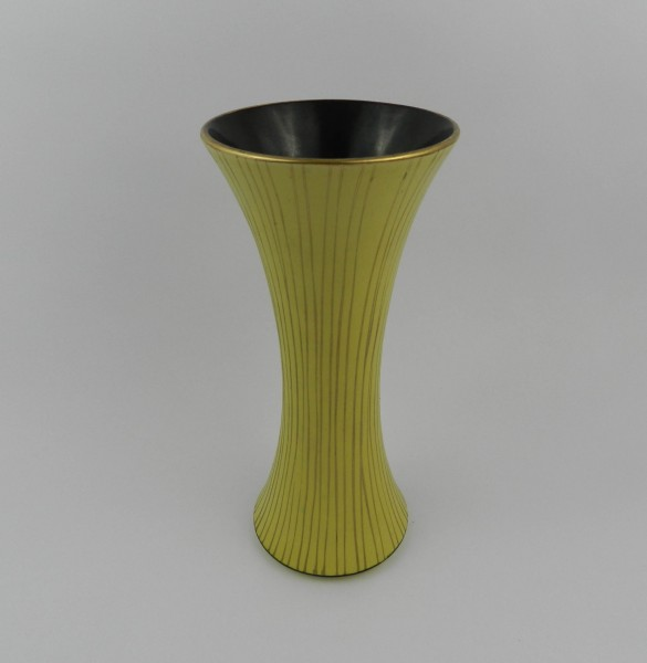 Ceramiczny wazon sygnowany