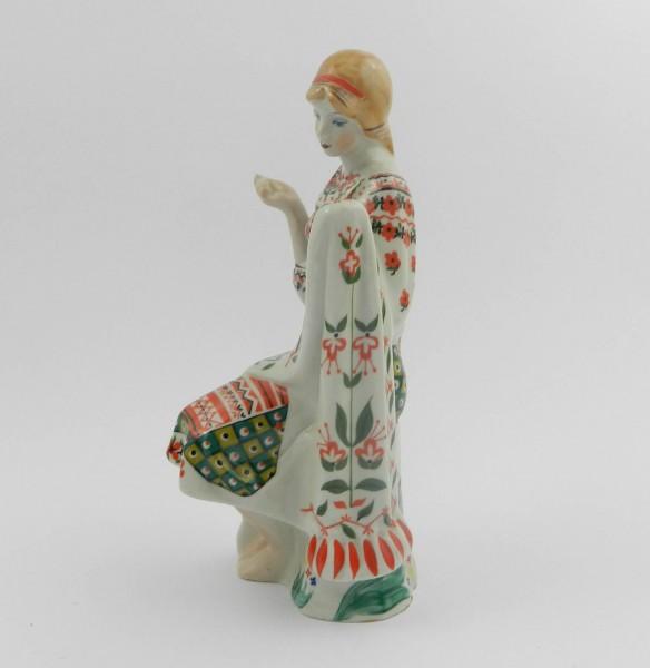 Figurka Korosten kobieta left
